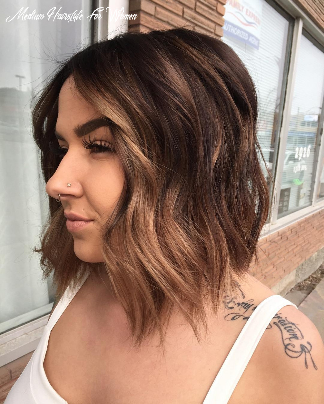 Medium Length Hairstyles And Haircuts For Women's 10