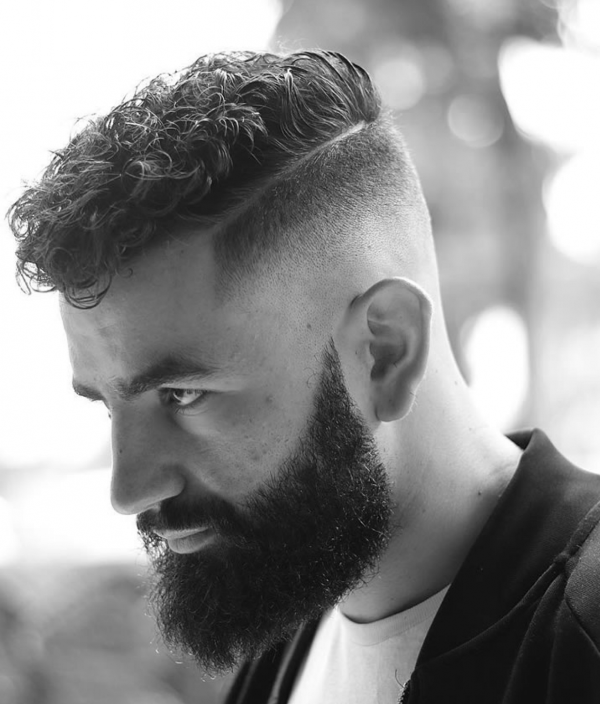 Modern curly hairstyle and haircuts for men that will trend in