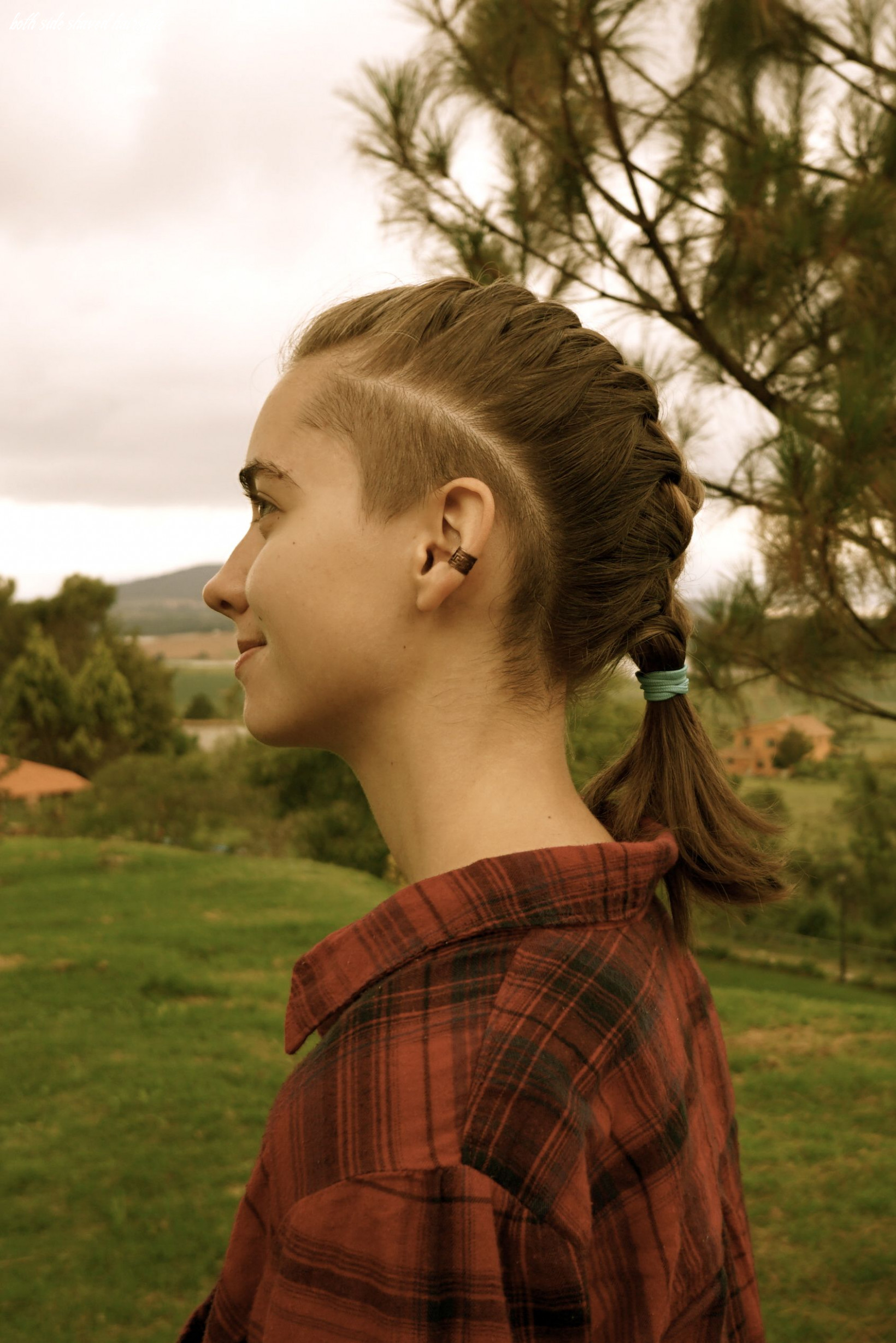 Pin en photos that inspire both side shaved hairstyle