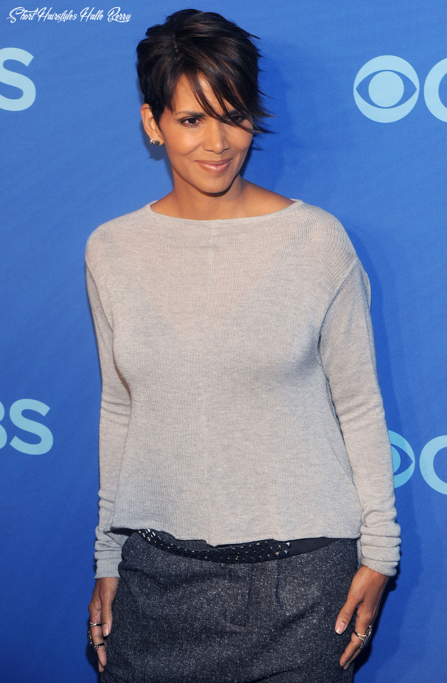 Short Hair Inspiration: Halle Berry's Current Sideswept Haircut ...