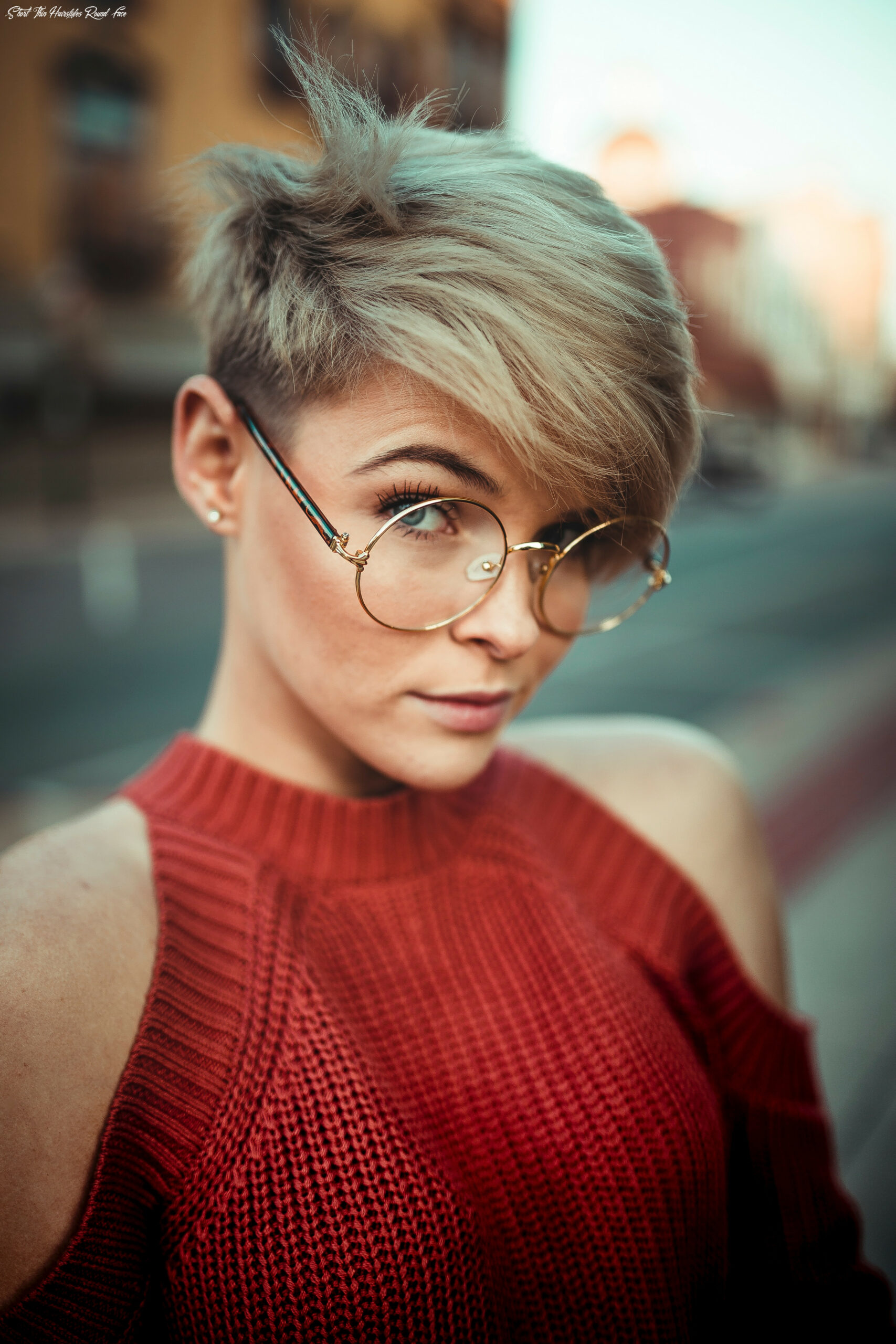 Short haircuts for fine hair and round faces short thin hairstyles round face