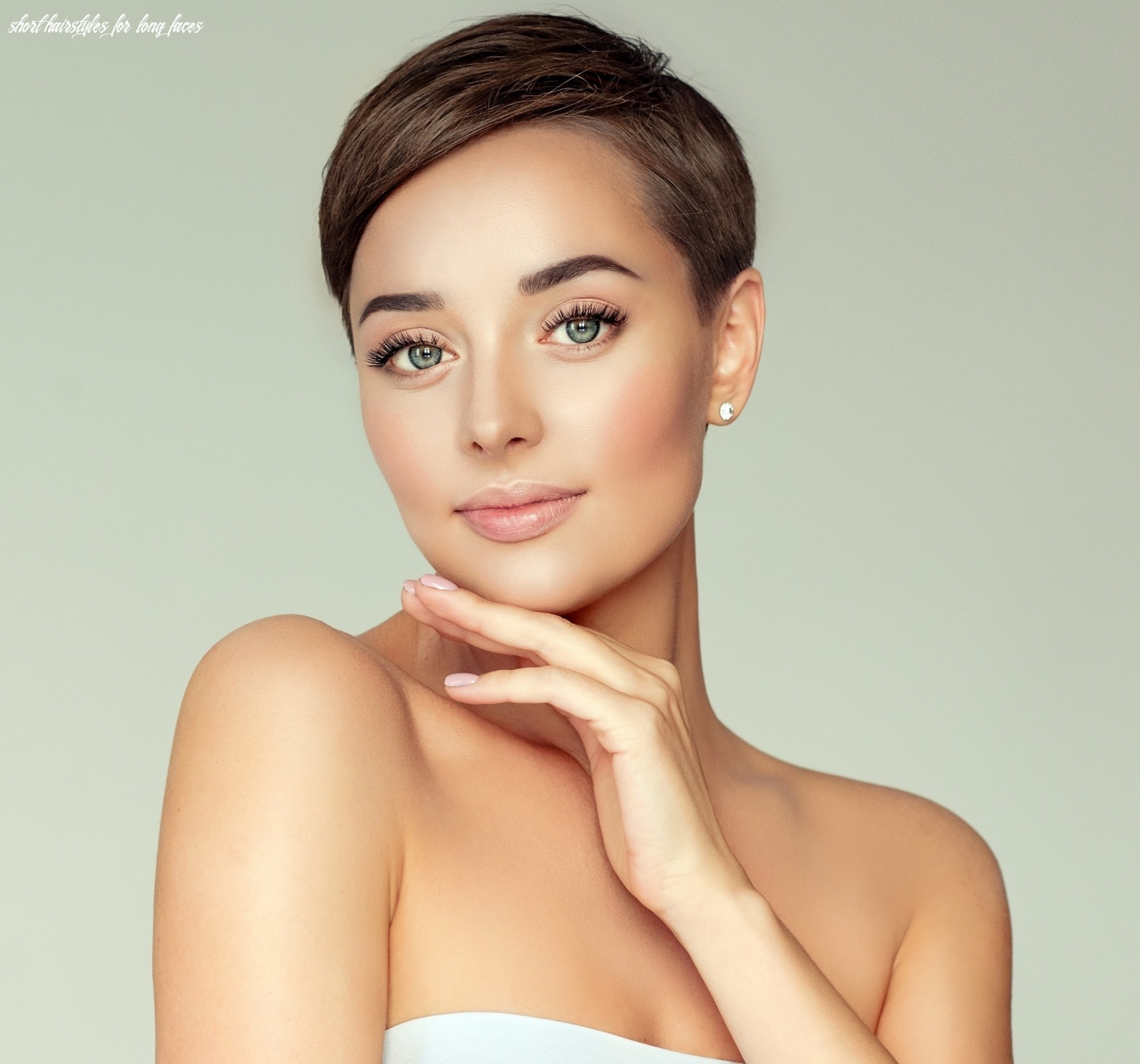 Short hairstyles for long faces that you should do short hairstyles for long faces