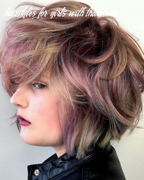The 12 best short hairstyles for thick hair to be easier to manage hairstyles for girls with thick hair
