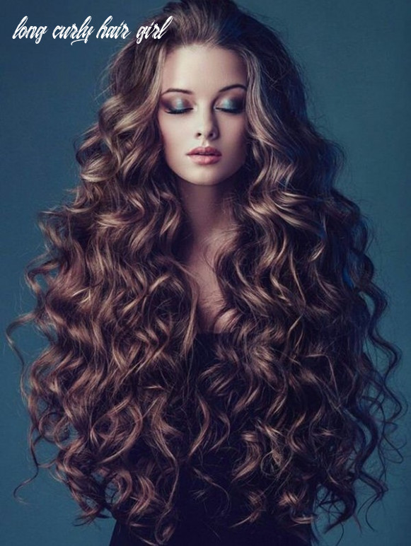 The most stunning hairstyles for long curly hair that girls must try long curly hair girl
