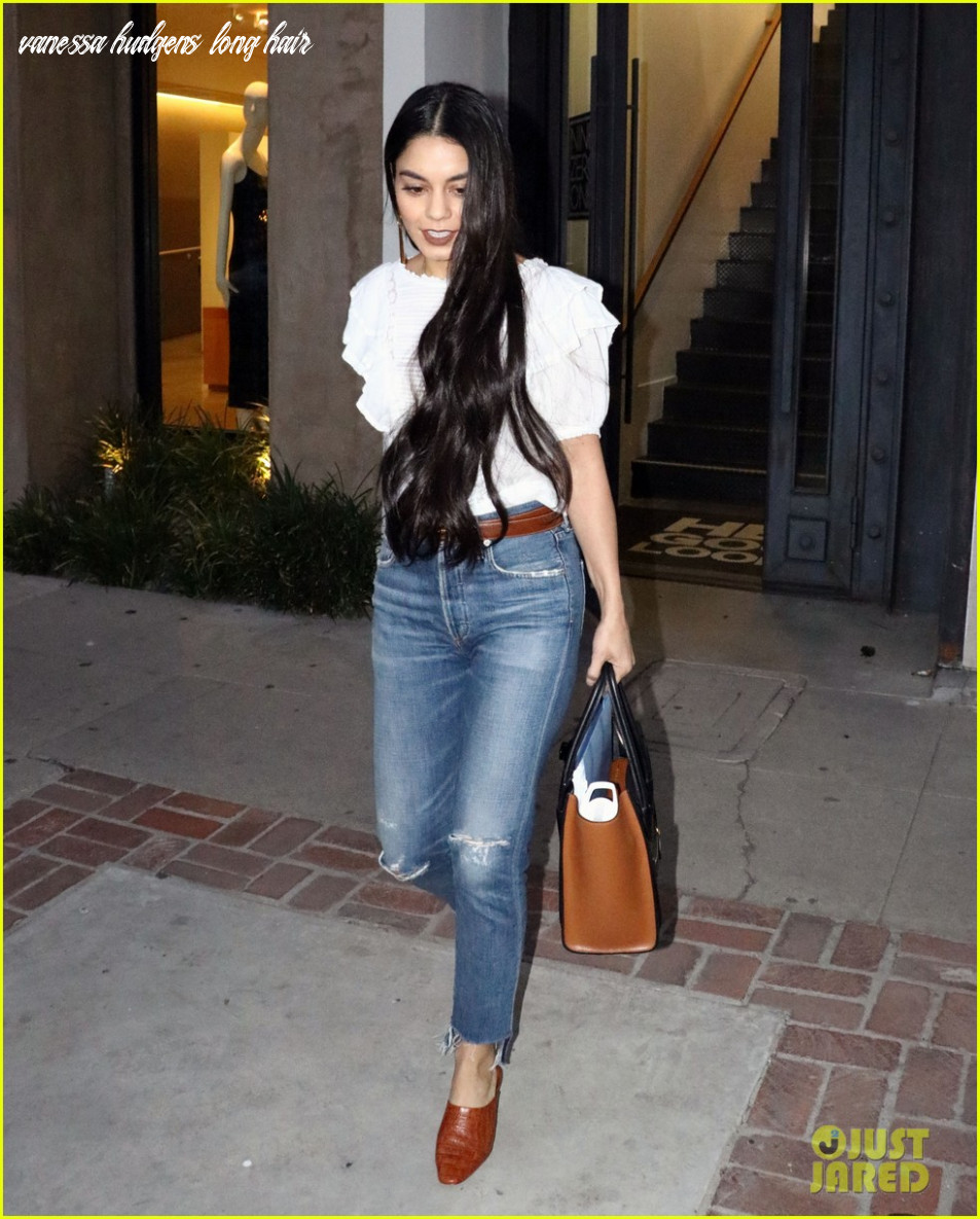 Vanessa hudgens gets really long extensions: photo 11