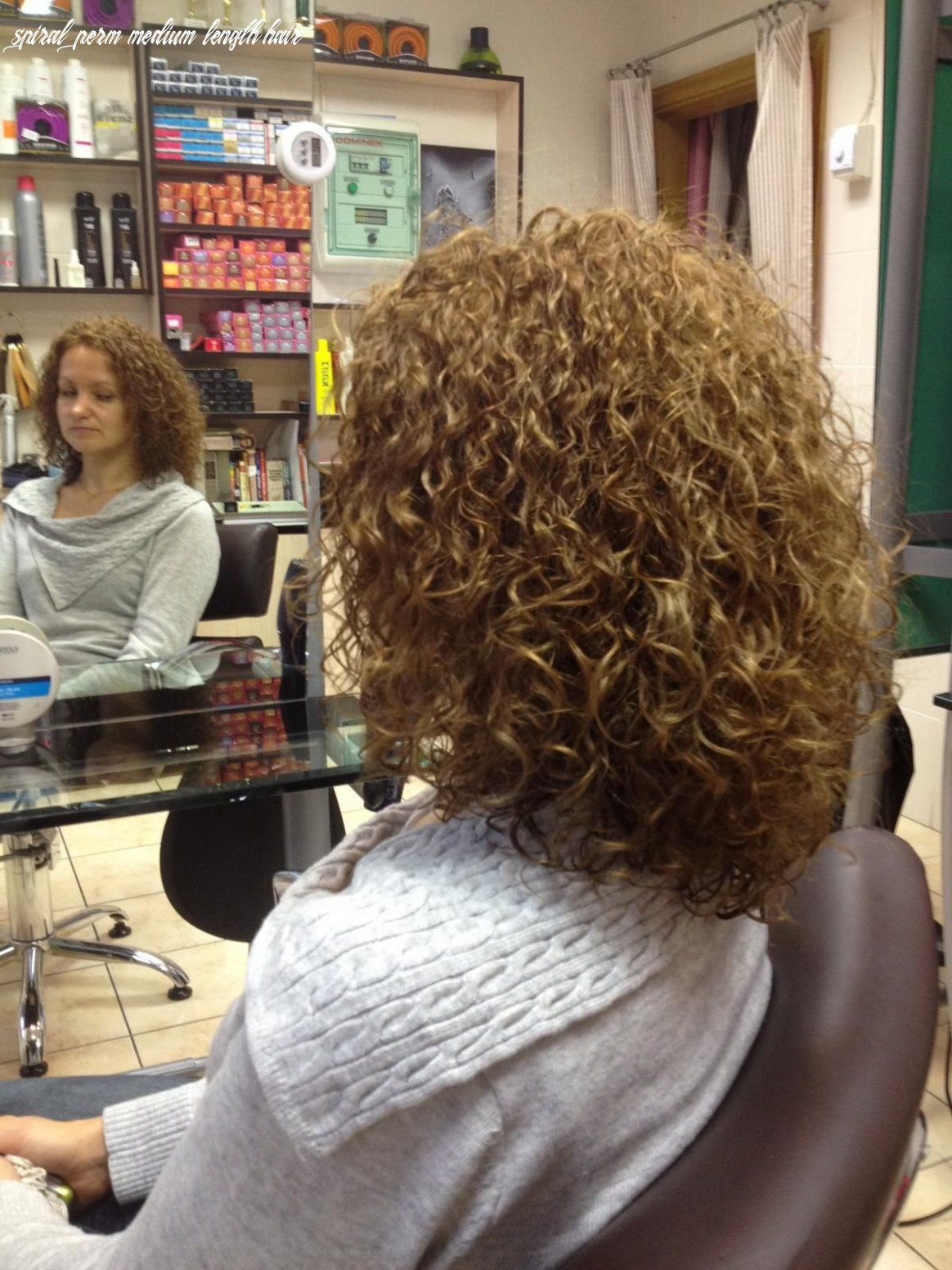 very even curl in this medium length perm | Permed hairstyles ...
